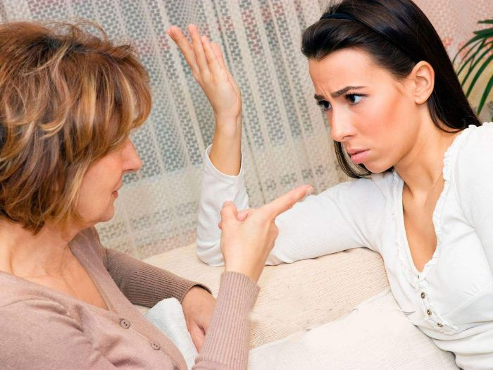 Ngủ mơ cãi nhau với mẹ đánh con gì trúng lớn?