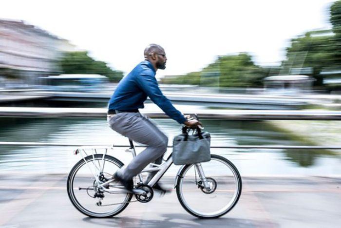 Mơ thấy chạy xe đạp rất nhanh cho biết bạn là một người thích những chuyến phiêu lưu và mạo hiểm