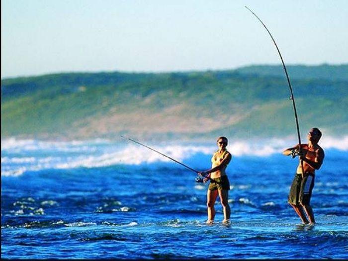 Câu cá là một hoạt động thư giãn thú vị và nó sẽ trở nên đặc biệt hơn khi bạn tham gia cùng với người yêu