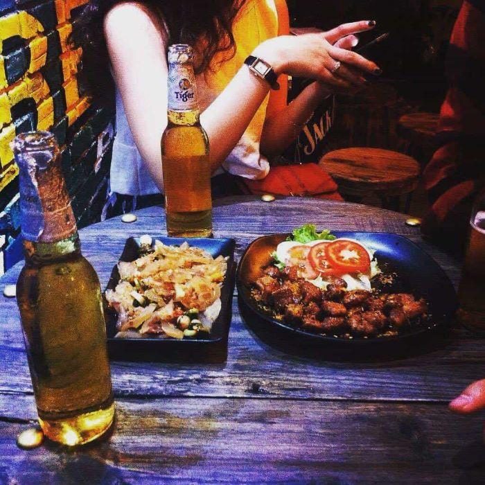 Chiêm bao thấy ăn uống cùng người yêu người quán hãy mạnh dạn thử vận may với cặp số 48 - 01