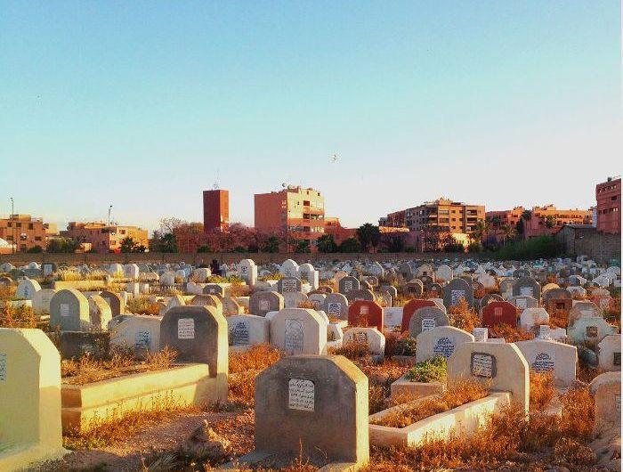 Mơ thấy nghĩa địa điềm lành hay dữ? Đánh con gì?