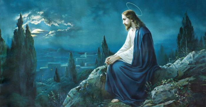 Mơ thấy Chúa Jesus mặc đồ màu xanh báo hiệu sắp tới bạn sẽ gặp tai nạn khi đi ngoài đường