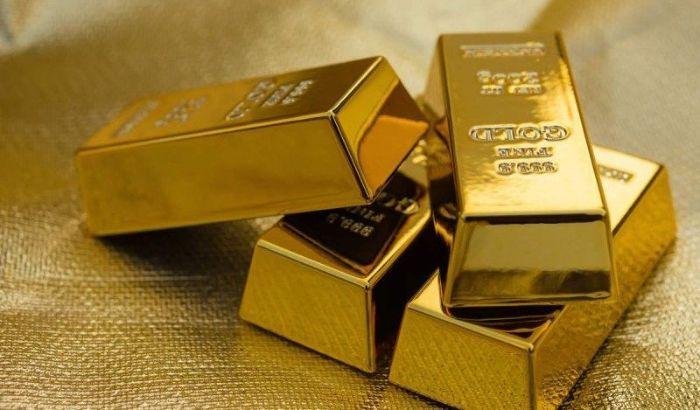 Mộng thấy đi ỉa ra vàng