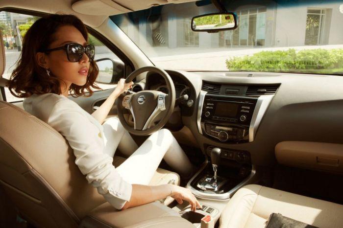 Mơ thấy lái xe ô tô đánh con gì dễ trúng?
