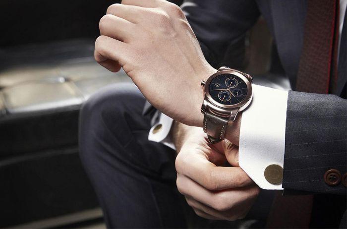 Nằm mơ thấy tặng người khác đồng hồ đeo tay cho thấy bạn đang có nhiều dự định