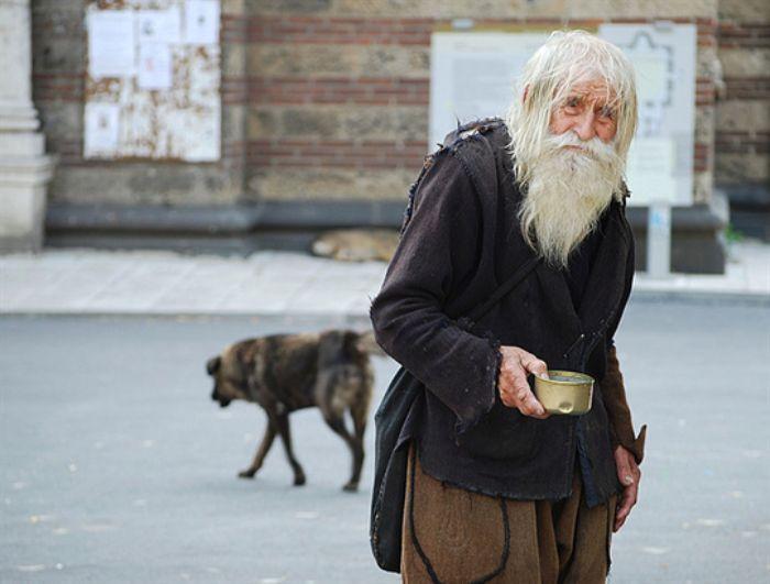 Ông già xuất hiện trong mơ là dấu hiệu về sức khỏe của chủ nhân