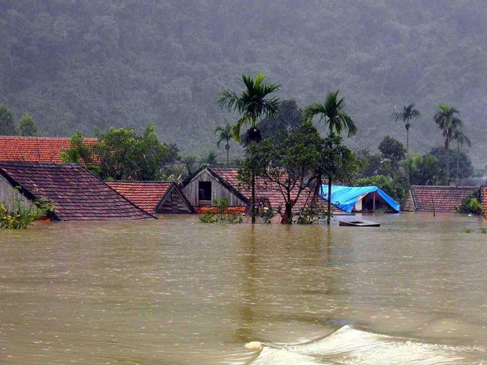 Ẩn sau giấc chiêm bao lũ lụt ở vùng núi là điềm báo gia đình của bạn đang có nhiều mâu thuẫn
