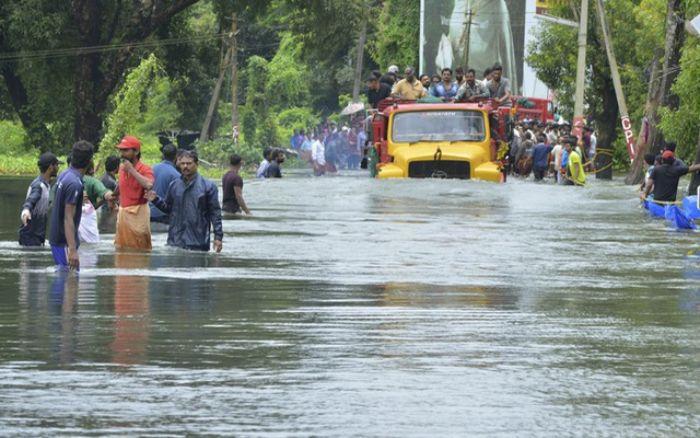 Việc gặp tình huống nước lụt khi đến trường cho thấy bạn để tuột mất cơ hội trong công việc