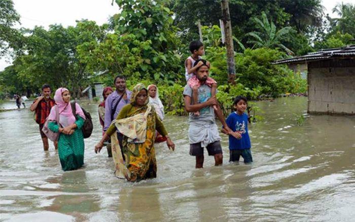 Giấc mơ thấy lũ lụt cho thấy chủ nhân sẽ phải đối mặt với rất nhiều khó khăn và sự rắc rối