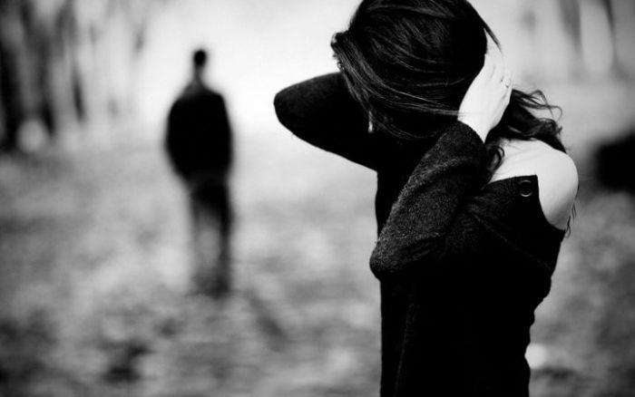 Người lạ hay những người không quen biết, chưa từng gặp và tiếp xúc hay giao tiếp