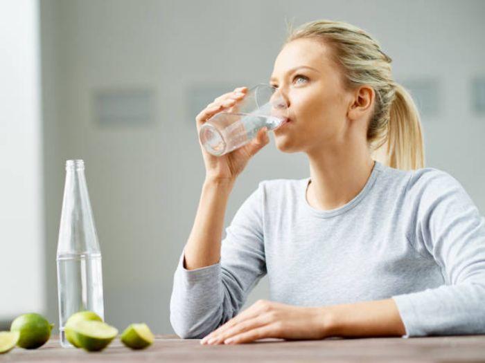 Để biết mơ uống nước đánh con gì dễ trúng thì còn phụ thuộc vào trọng tâm của giấc mơ đó