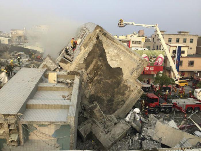 Nằm mơ thấy nhà bị sập mang điềm báo gì?