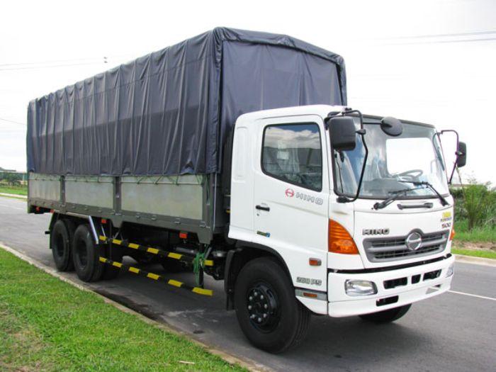 Ở những quốc gia đang phát triển như Việt Nam thì xe tải là phương tiện không còn xa lạ