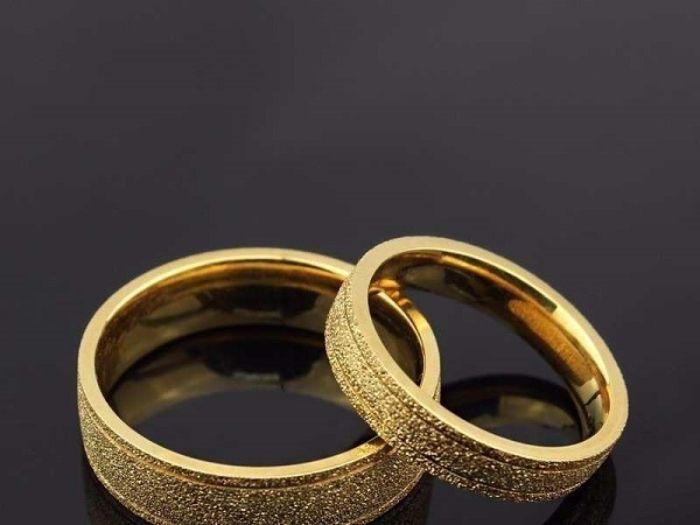 mơ thấy nhẫn vàng luôn ẩn chứa nhiều điều thú vị mà không phải ai cũng giải mã được