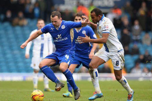 Soi kèo Leeds vs Leicester lúc 3h ngày 3/11/2020