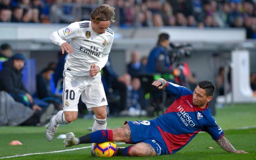 Soi kèo Real Madrid vs Huesca lúc 20h ngày 31/10/2020