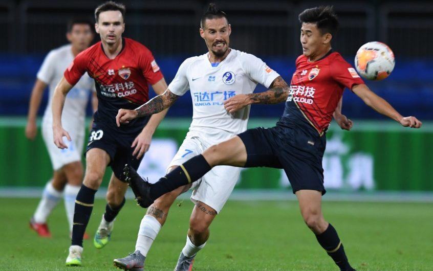 Soi kèo Dalian Pro vs Guangzhou RF lúc 14h30 ngày 10/11/2020