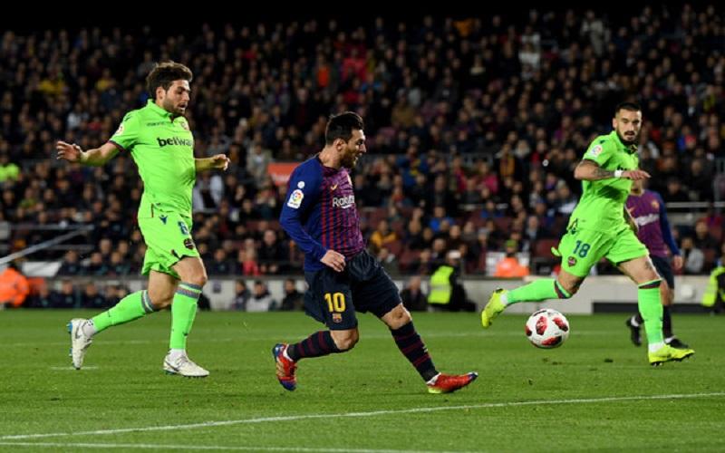 Soi kèo Barcelona vs Levante lúc 03h00 ngày 14/12/2020