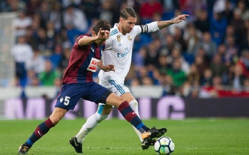 Soi kèo Eibar vs Real Madrid lúc 03h00 ngày 21/12/2020