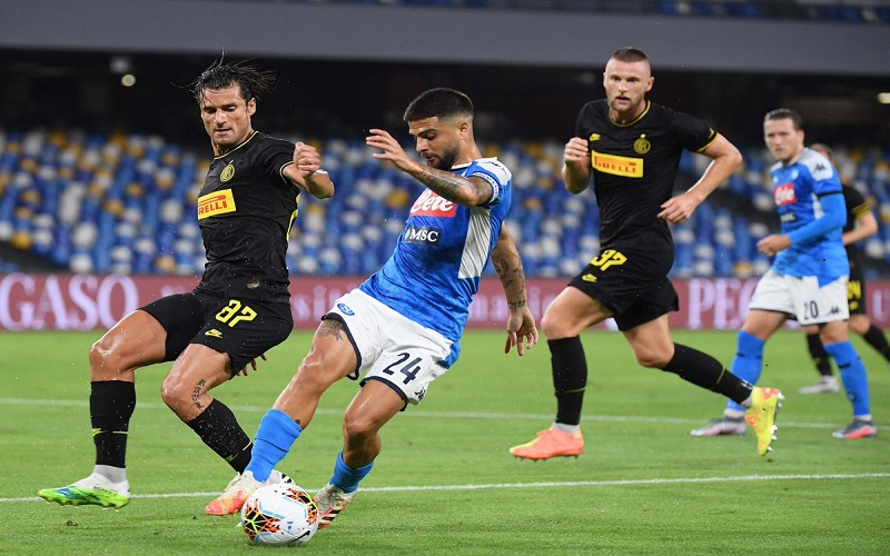 Soi kèo Inter vs Napoli lúc 02h45 ngày 17/12/2020