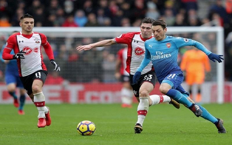Soi kèo Arsenal vs Southampton lúc 01h00 ngày 17/12/2020