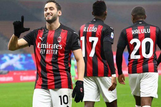 Soi kèo Benevento vs Milan lúc 0h00 ngày 4/1/2021