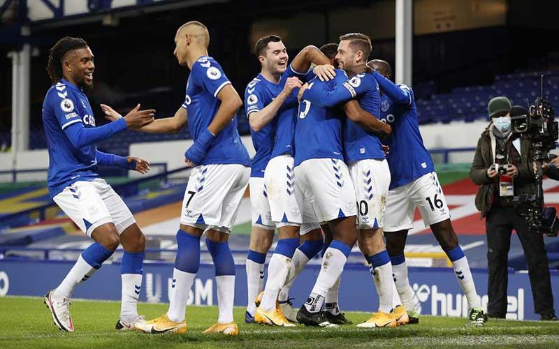 Soi kèo Sheffield Utd vs Everton lúc 3h00 ngày 27/12/2020