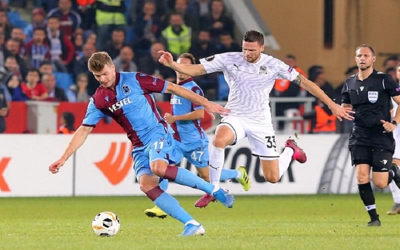 Soi kèo Trabzonspor vs Galatasaray lúc 22h59 ngày 26/12/2020