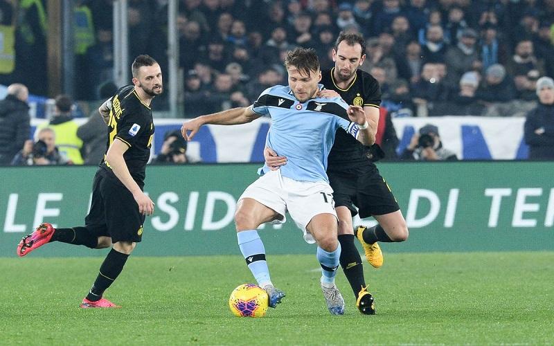 Soi kèo Napoli vs Spezia lúc 00h00 ngày 7/1/2021