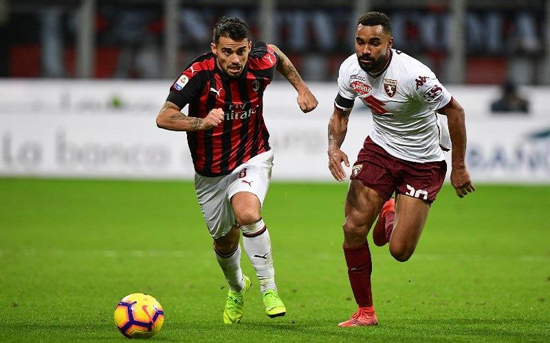 Soi kèo Bologna vs Milan lúc 21h00 ngày 30/1/2021
