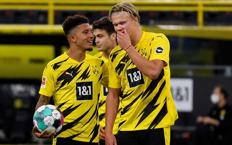 Soi kèo Dortmund vs Augsburg lúc 21h30 ngày 30/1/2021