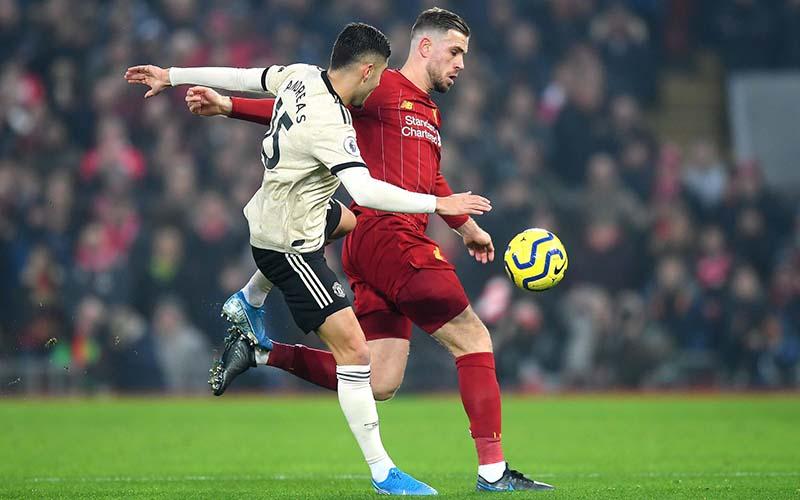 Soi kèo Liverpool vs MU lúc 23h30 ngày 17/1/2021