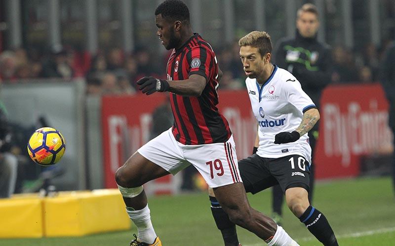 Soi kèo Milan vs Atalanta lúc 0h00 ngày 24/1/2021