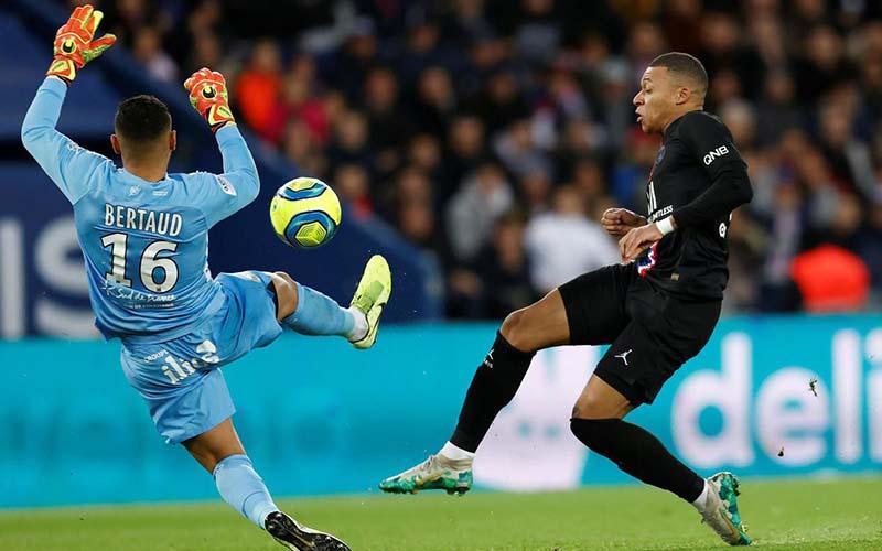 Soi kèo PSG vs Montpellier lúc 3h00 ngày 23/1/2021