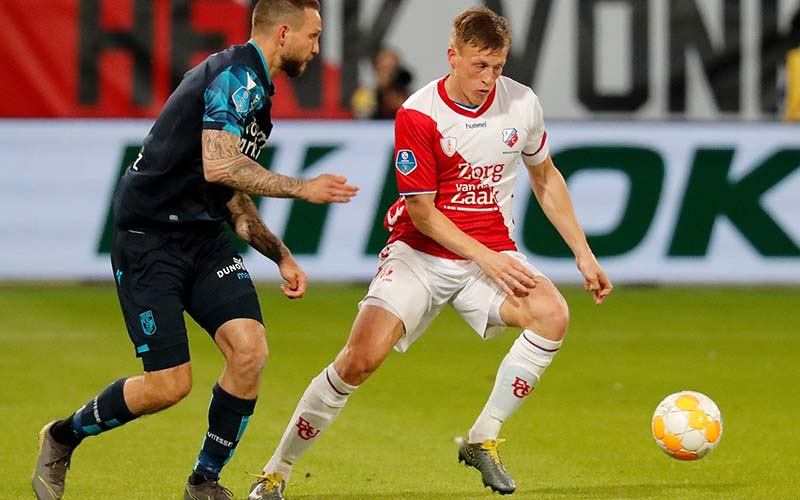Soi kèo Vitesse vs Utrecht lúc 0h45 ngày 13/1/2021