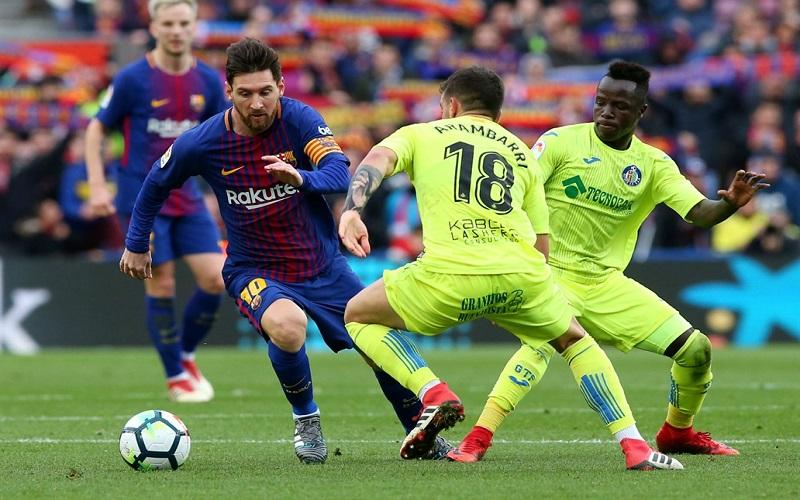 Soi kèo Huesca vs Barcelona lúc 03h00 ngày 4/1/2021