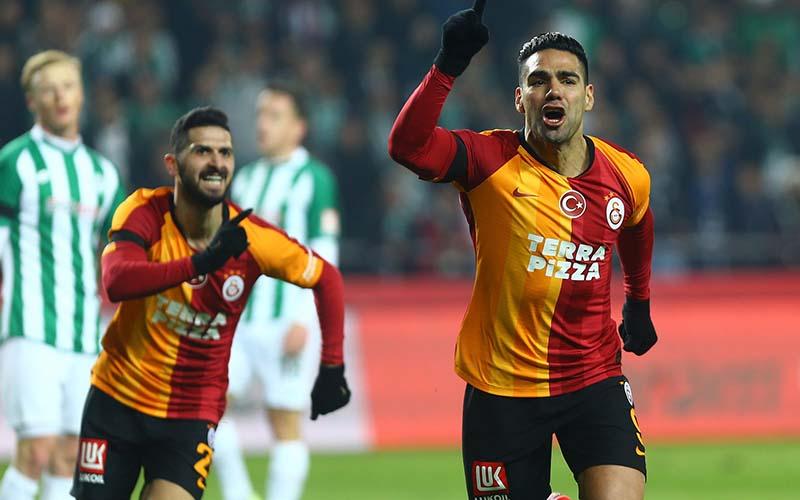 Soi kèo Konyaspor vs Galatasaray lúc 23h00 ngày 5/1/2021