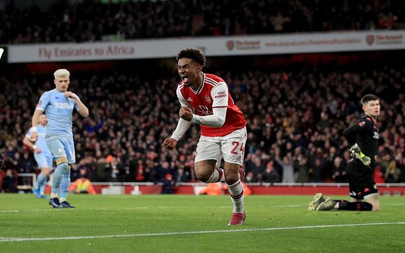 Soi kèo Arsenal vs Leeds lúc 23h30 ngày 14/2/2021