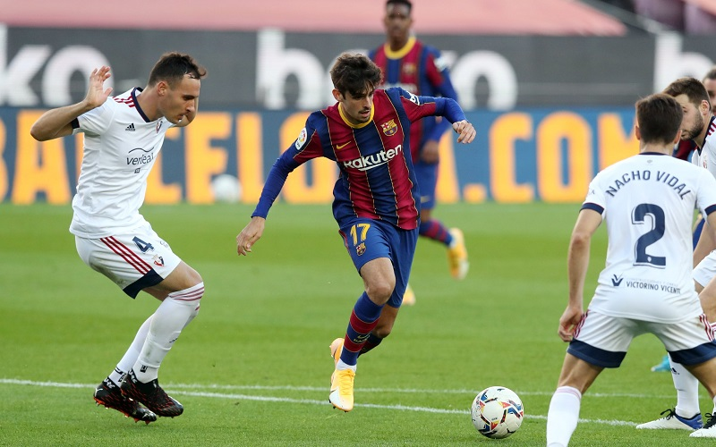 Soi kèo Barcelona vs Cadiz lúc 20h00 ngày 21/2/2021