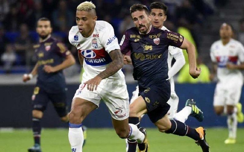 Soi kèo Dijon vs Lyon lúc 3h00 ngày 4/2/2021