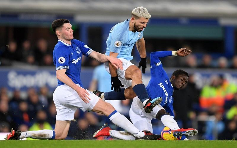 Soi kèo Everton vs Man City lúc 03h15 ngày 18/2/2021
