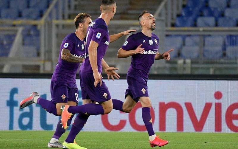 Soi kèo Fiorentina vs Spezia lúc 0h30 ngày 20/2/2021