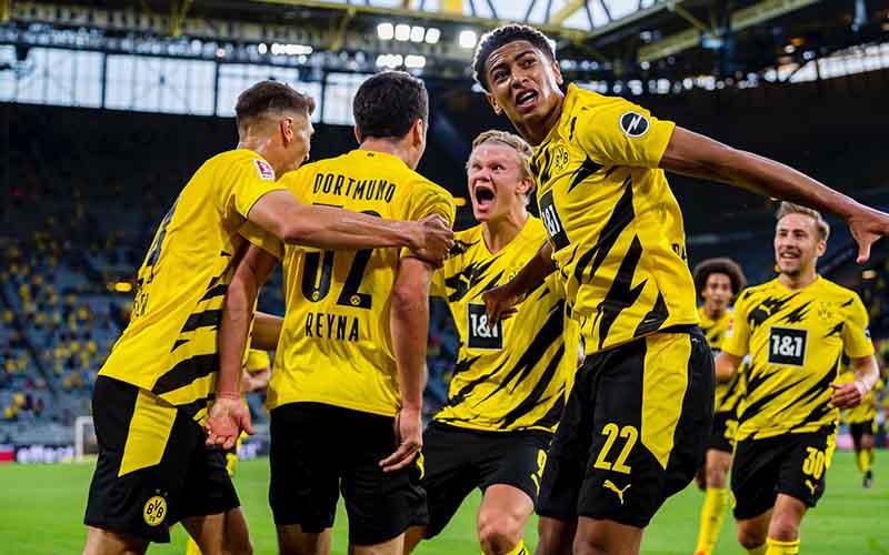 Soi kèo Gladbach vs Dortmund lúc 2h45 ngày 3/3/2021