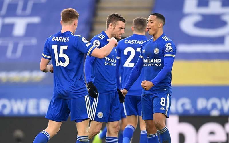 Soi kèo Leicester vs Slavia Praha lúc 3h00 ngày 26/2/2021