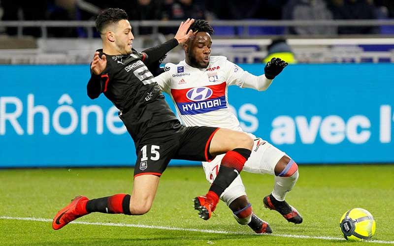 Soi kèo Lyon vs Strasbourg lúc 1h00 ngày 7/2/2021
