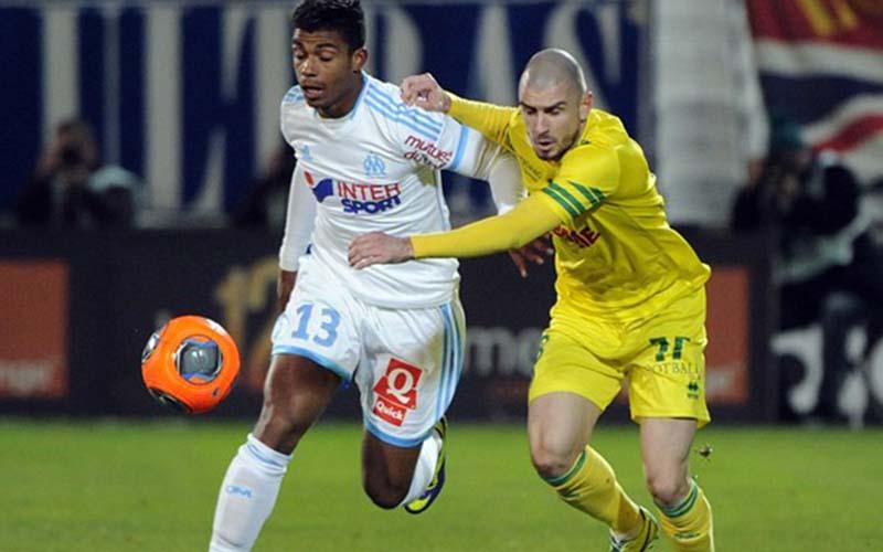 Soi kèo Nantes vs Marseille lúc 23h00 ngày 20/2/2021