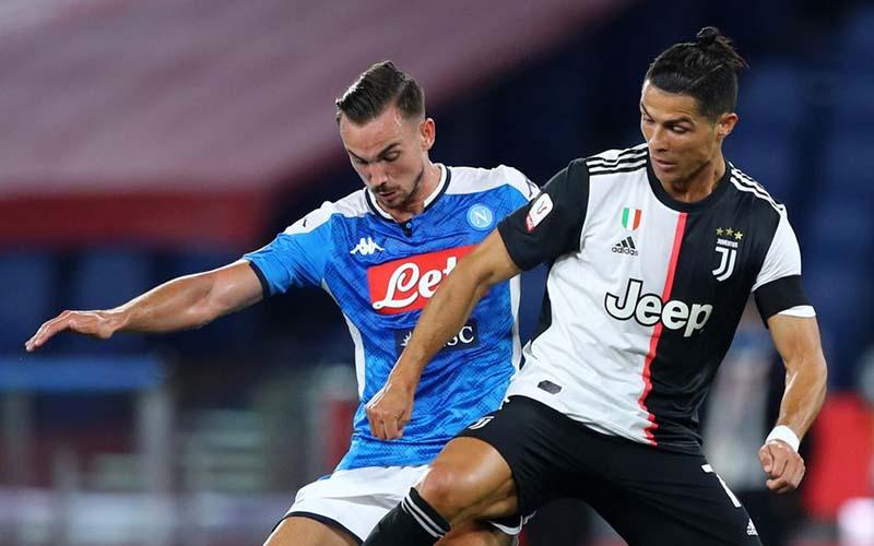 Soi kèo Napoli vs Juventus lúc 00h00 ngày 14/2/2021