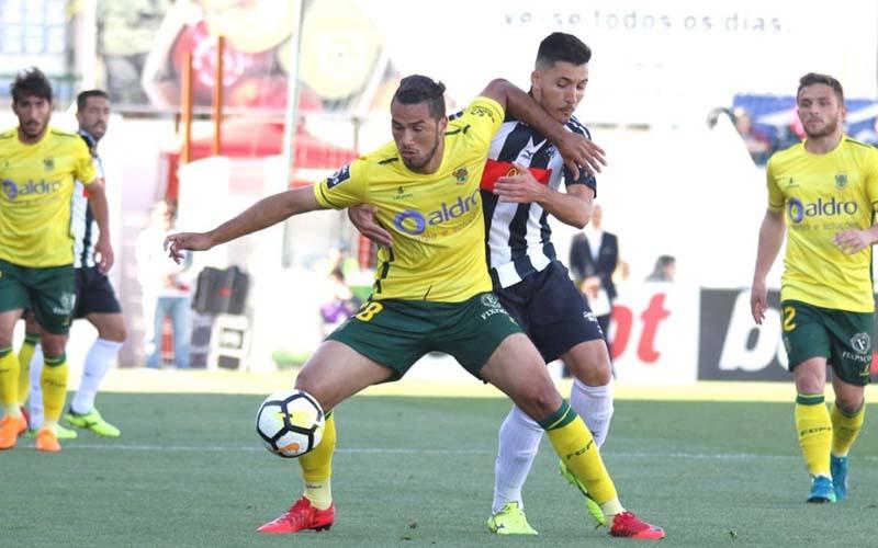 Soi kèo Pacos Ferreira vs Portimonense lúc 22h00 ngày 9/2/2021