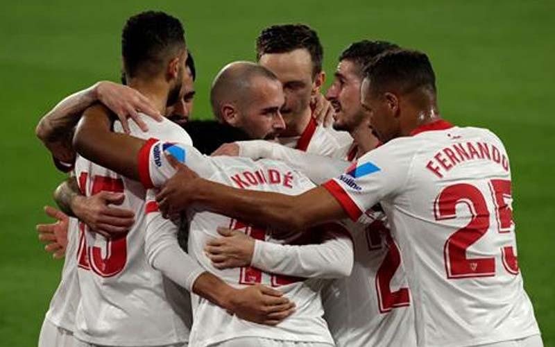 Soi kèo Sevilla vs Dortmund lúc 3h00 ngày 18/2/2021