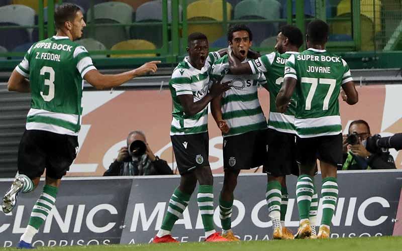 Soi kèo Sporting Lisbon vs Pacos Ferreira lúc 3h15 ngày 16/2/2021